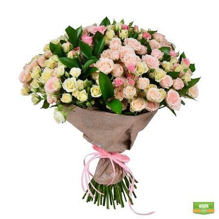 Бело-розовый (из кустовой розы)