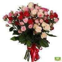 Заказать 15 кустовых роз в интернет-магазине с доставкой в любой город