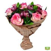 Заказать букет из роз и орхидей «Бургунди»