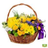 Заказать летний букет «Корзина солнечных цветов» с доставкой в любой город