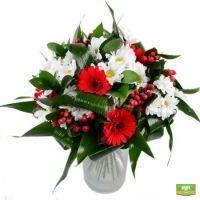 Заказать очаровательный красно-белый букет в интернет-магазине с доставкой