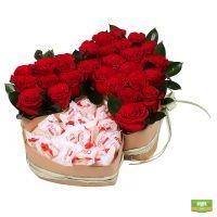 Заказать букет «Два сердца (с рафаэлло)» в интернет-магазине