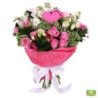 Купить бело-розовый букет «Красота сердец» с доставкой