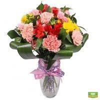 Заказать букет ярких цветов в интернет-магазине с доставкой в любой город страны и мира