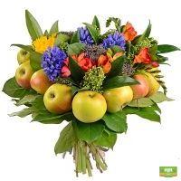 Купить оригинальный букет в форме сердца «Яблоневый сад». Доставка!