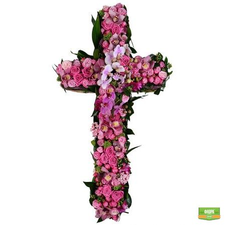Похоронный крест из цветов