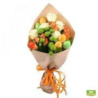 Заказать букет «Розы и зелень» в магазине UFL с быстрой доставкой