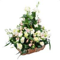 Купить букет на свадьбу, свадебные корзины цветов с доставкой