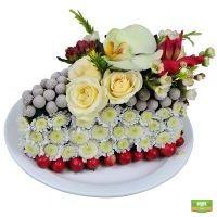 Заказать оригинальный букет «Цветочный тортик» с доставкой